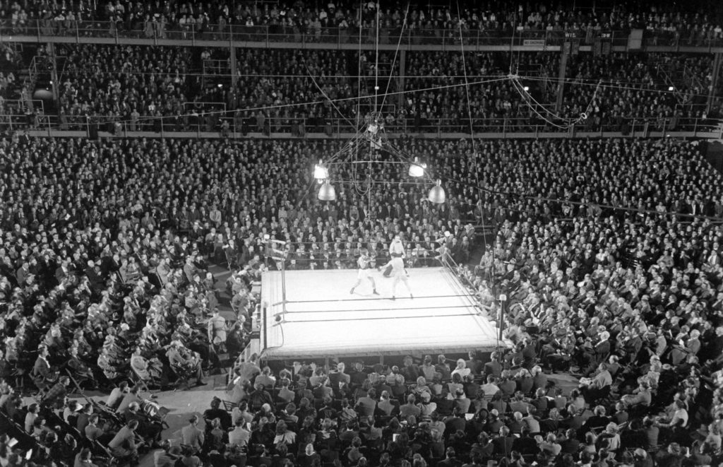 College boxing at Wisconsin
