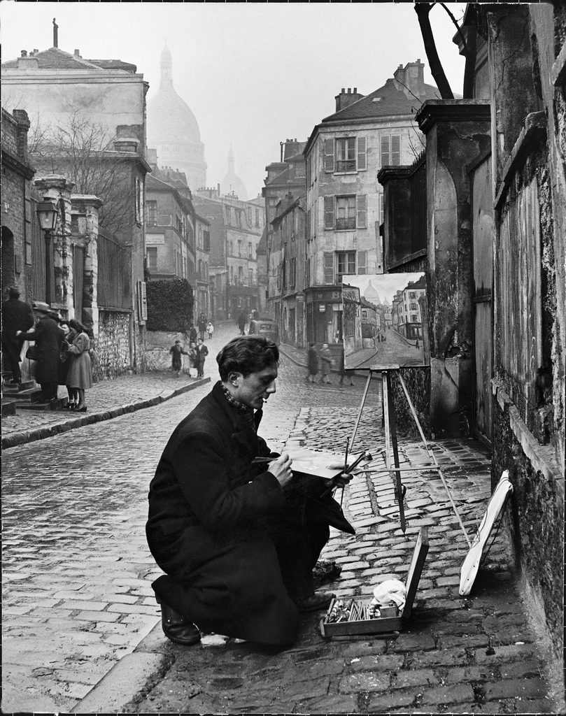 Young artist paints Sacre-Coeur from the ancient Rue Narvins in Paris, France, 1946. (Photo by Edward Clark/The LIFE Picture Collection © Meredith Corporation)