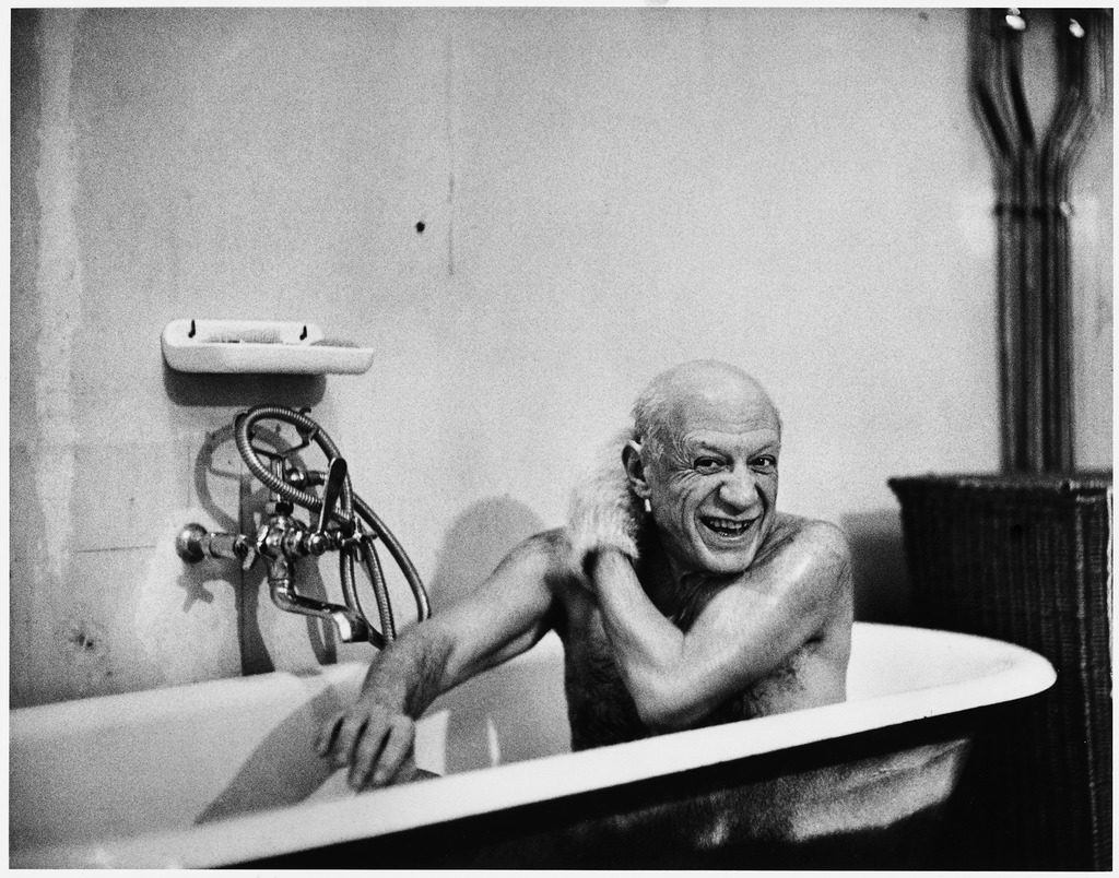 Artist Pablo Picasso taking a bath at his Riviera villa. (Photo by David Douglas Duncan /The LIFE Images Collection)