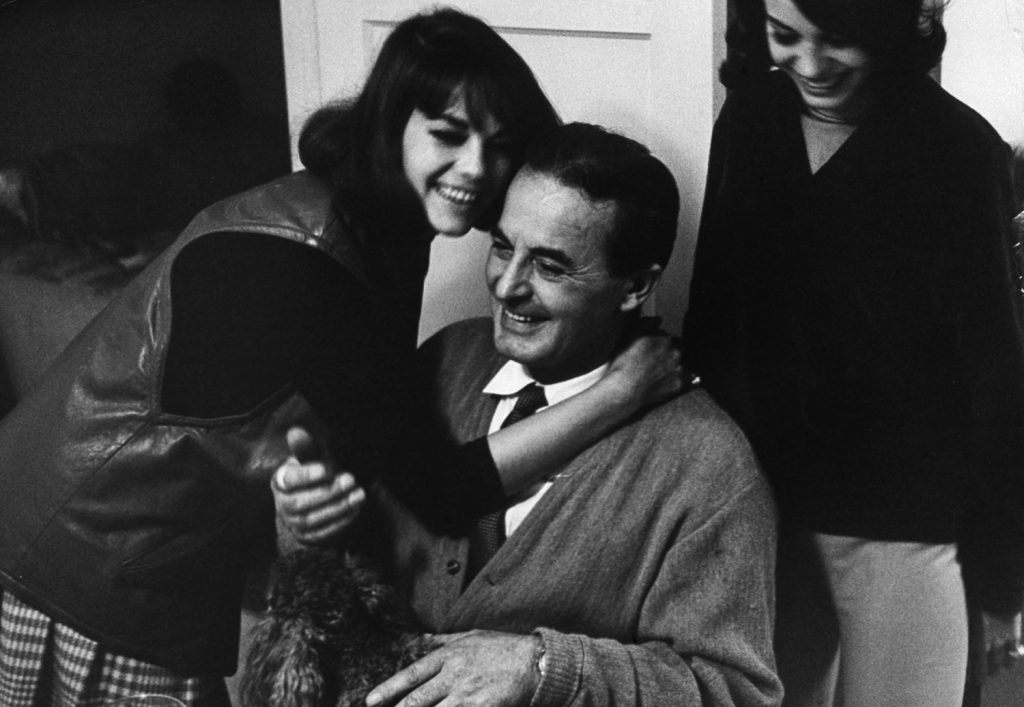 Natalie Wood with her father, Nick, a film prop maker, and her sister Lana, in 1963.
