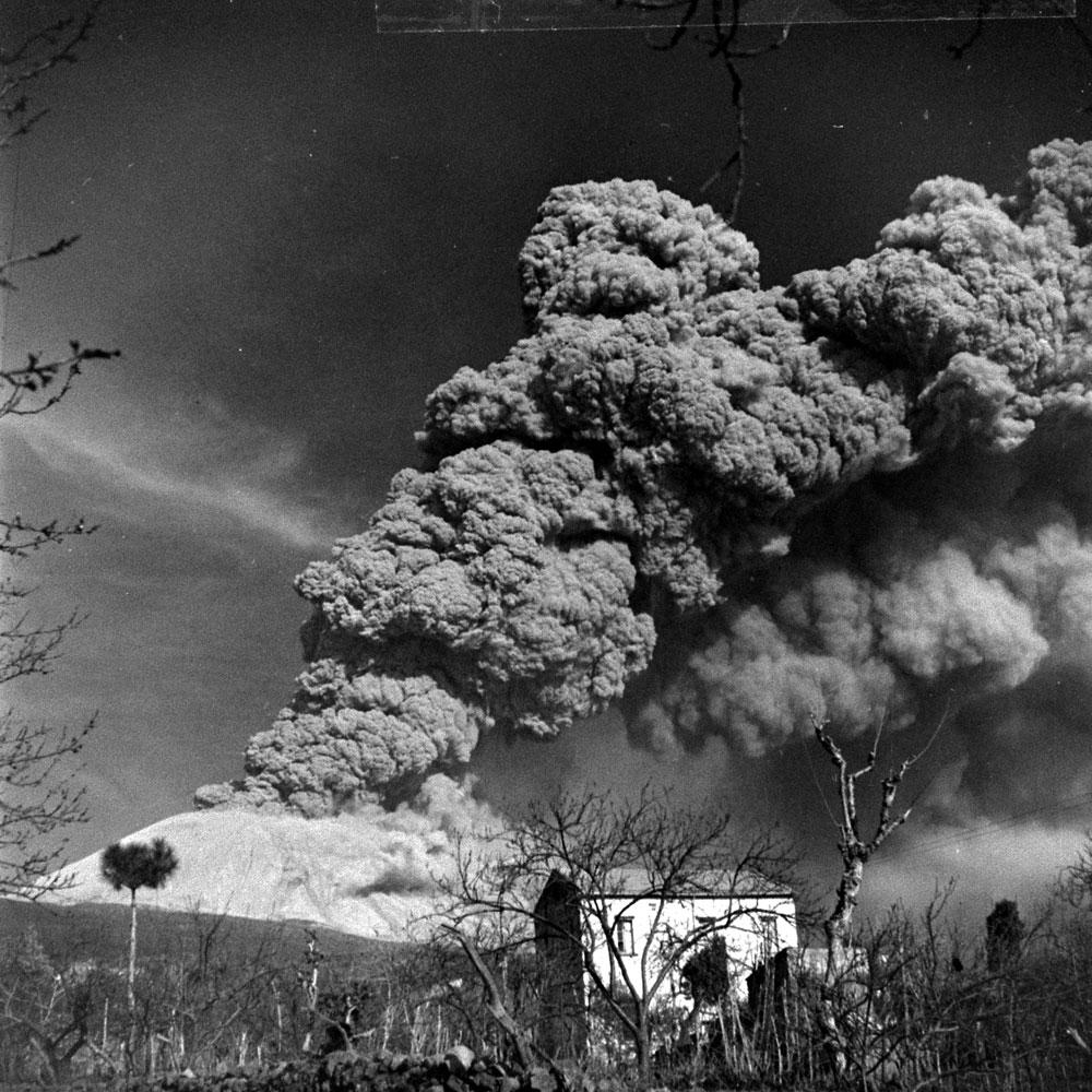 The 1944 eruption of Mt. Vesuvius, Italy.