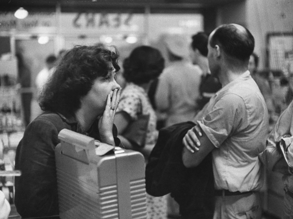 Vigil without hope was kept by Mrs. Beth Parten, 25, whose husband, Cecil, was missing. She alternated between listening to reports coming in by portable radio in store and keeping watch in car parked outside the Red Cross headquarters. After two nights of waiting, workers found her husband's body.