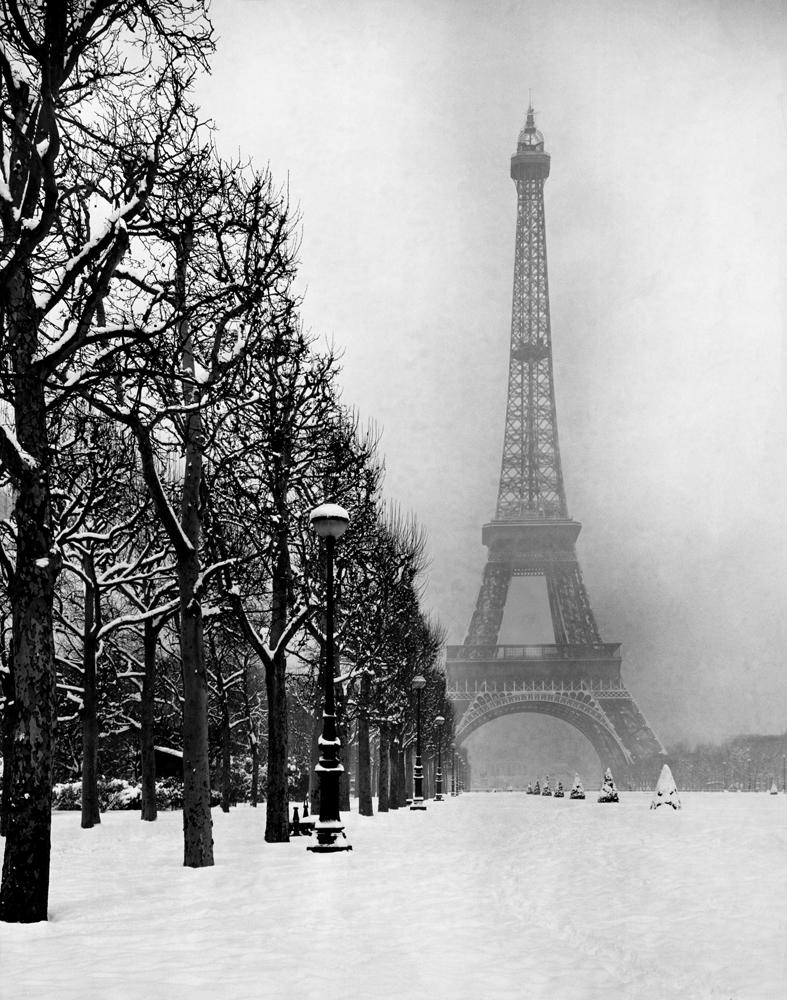Eiffel Tower, winter 1948