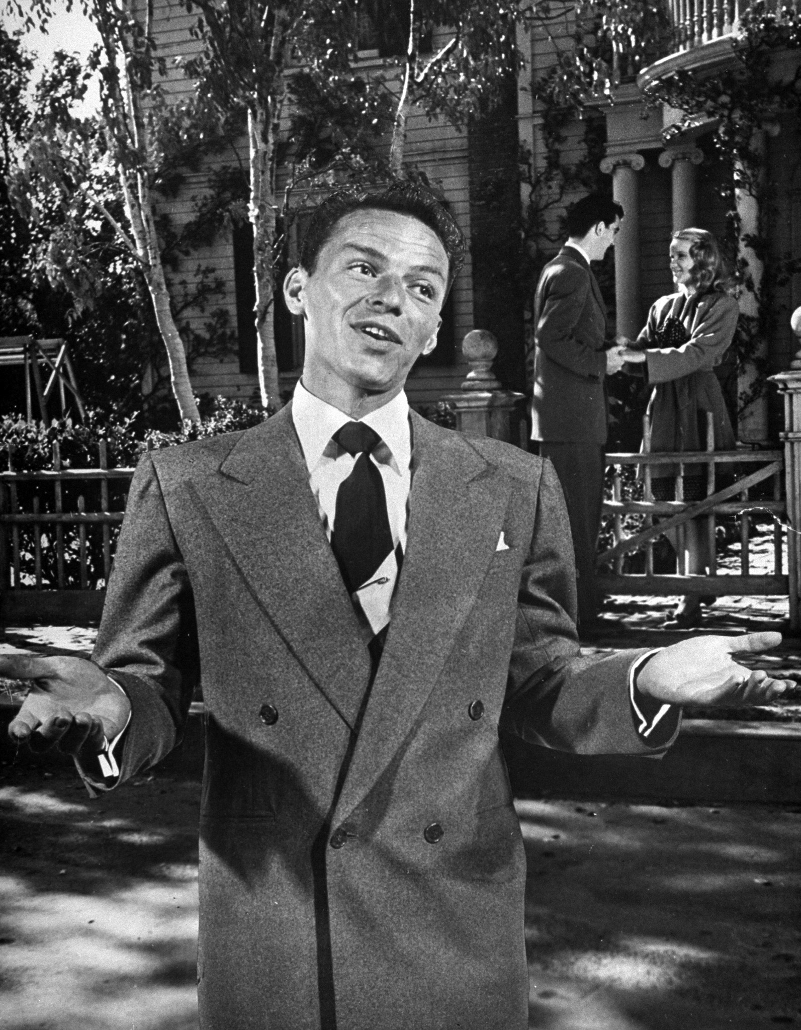 "Frank Sinatra singing ""Five Minutes More,"" 1946."
