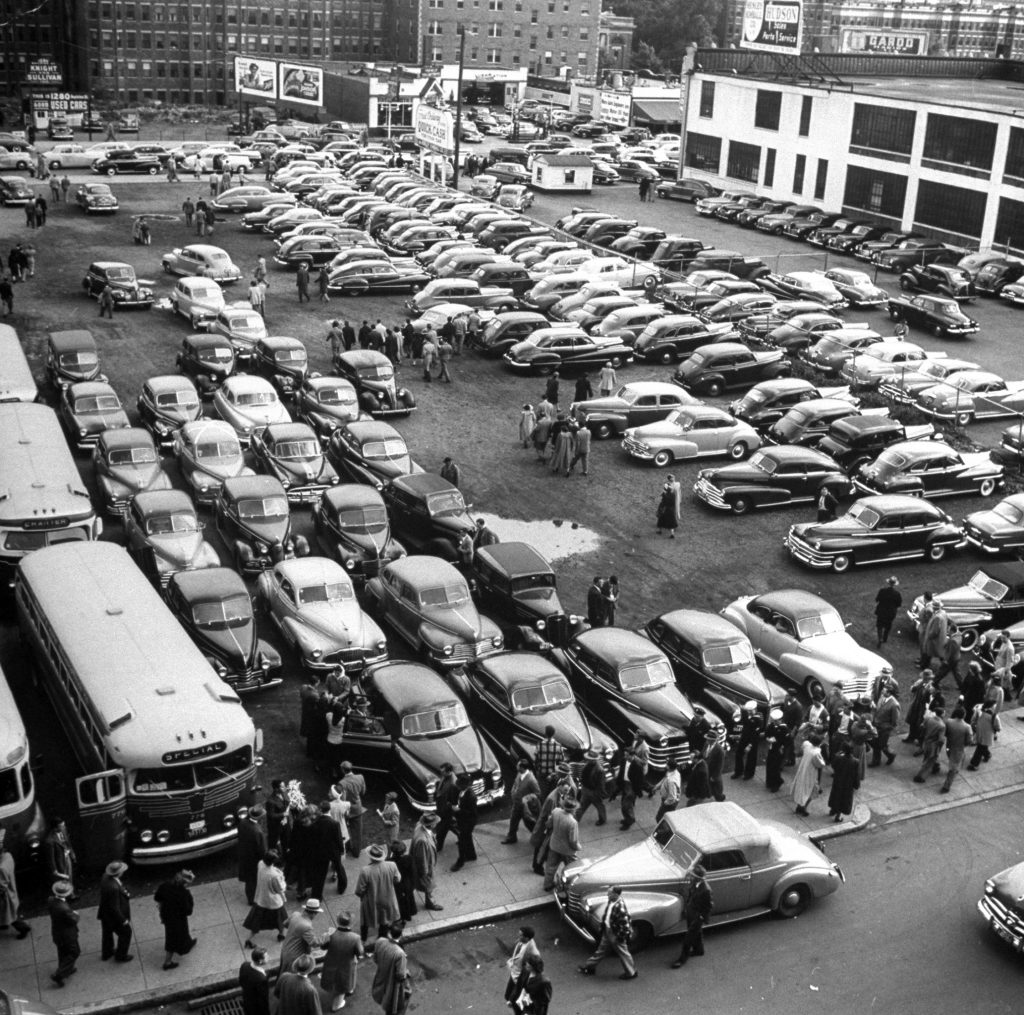 Traffic jams on Memorial Day weekend in 1949.