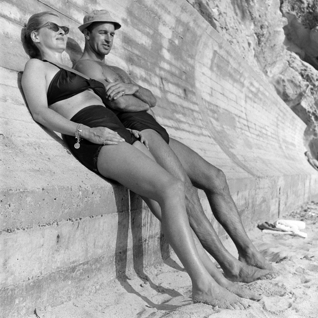 Bette Davis and her third husband William Grant Sherry at the beach in California, 1947.